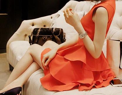 かわいいオレンジワンピースを上手に着こなす!おすすめコーデ特集のサムネイル画像