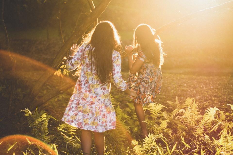 今すぐ着たい!秋のトレンド☆レディースワンピースをチェック!のサムネイル画像