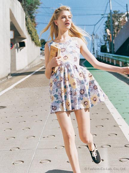 デートには『花柄ワンピース』がお勧めです♡一枚で可愛くなれる♡のサムネイル画像