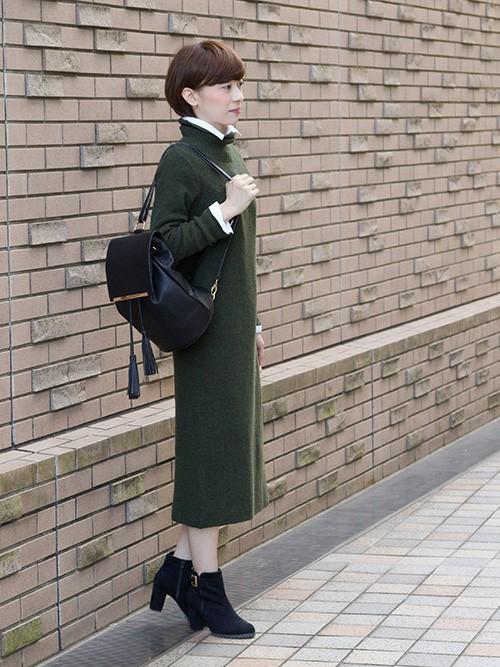 グリーンのワンピースは大人っぽくなれる!コーデが素敵!!のサムネイル画像