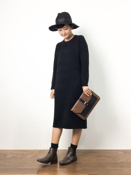 【必見】黒のワンピースは年中使えるファッションアイテム!のサムネイル画像