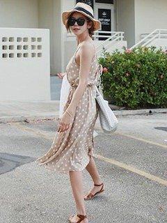 麦わら帽子が似合う!可愛いフェミニンな春夏ワンピース特集のサムネイル画像